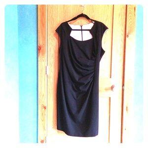 Calvin Klein dress, cute neckline w/ white lining